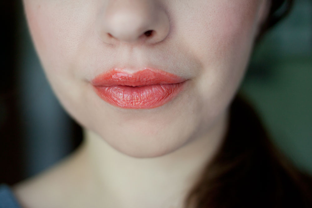 Mary Kay NouriShine Lip Gloss in Mango Tango / hello, rigby!