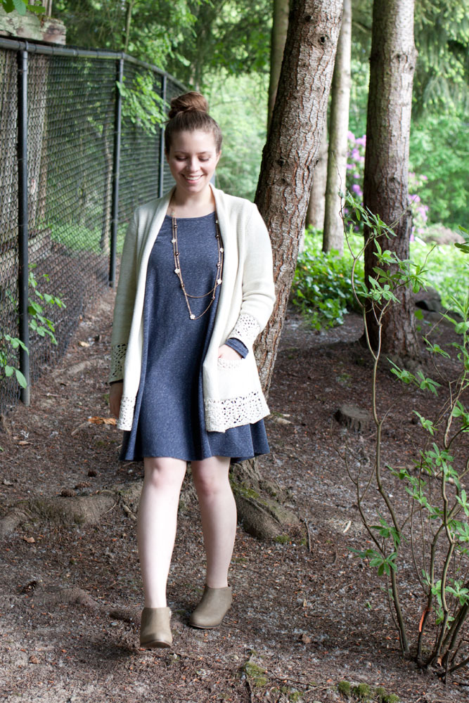 priddy swing dress + chelsea boots / hello, rigby!