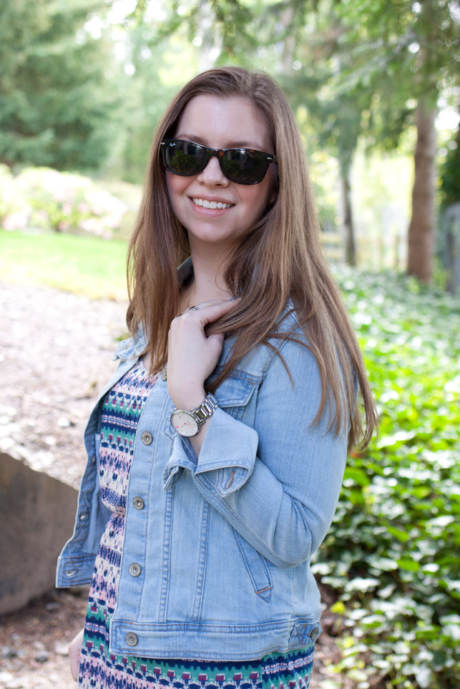 Maxi Dress, Jean Jacket, Ray Ban Sunglasses / Maxi Dress + Jean Jacket / hello, rigby!