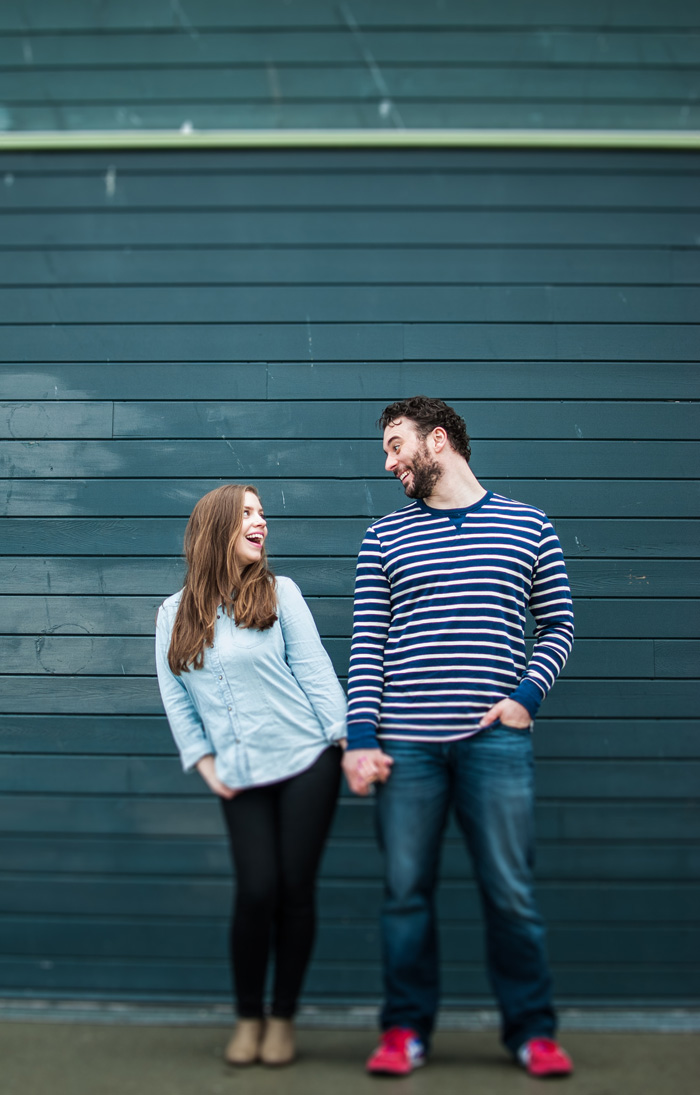 Jenn-and-David-Couples-Session-Seattle-Pier-Market-Place-TMinspired-Photography-8