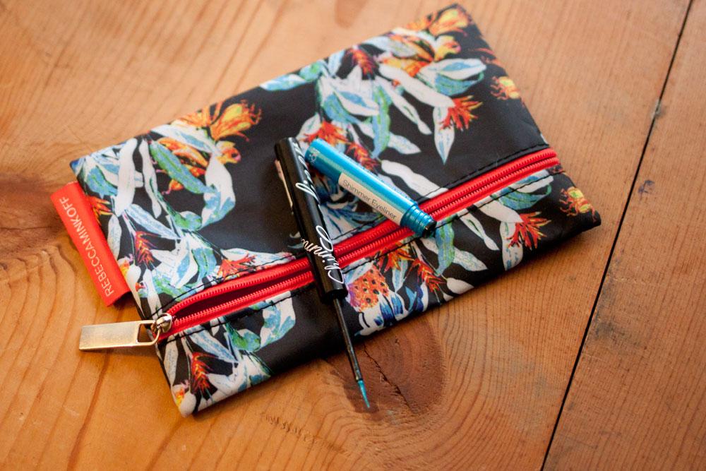 Nicka K Shimmer Eyeliner in Blue / Ipsy Glam Bag June 2014 / hellorigby!