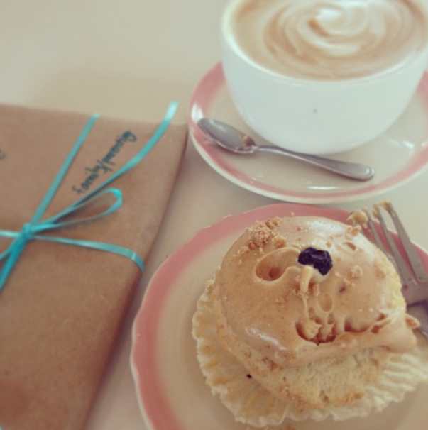 Cupcake Royale Cupcake and Latte Coffee / 5 Relaxation Ideas / hellorigby!