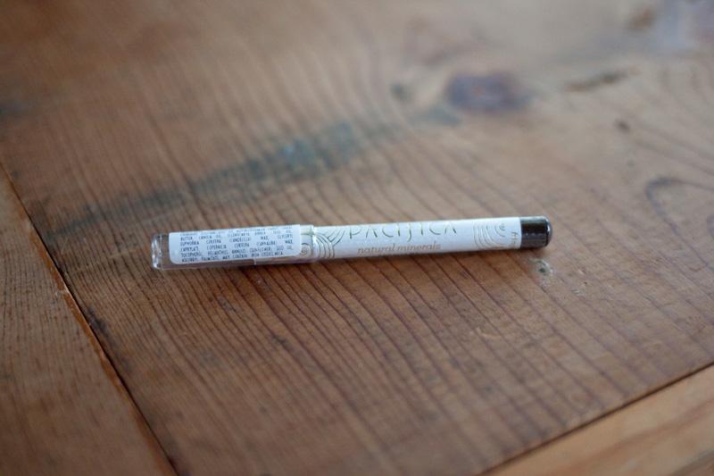 Ipsy Pacifica Natural Waterproof Eye Pencil in Fringe / hellorigby!