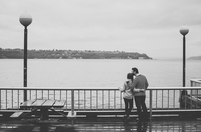 Couple Overlooking the Water Ocean / Jenn an David Couples Session, Seattle, WA Pier & Pike Place Market by TMinspired Photography / hellorigby