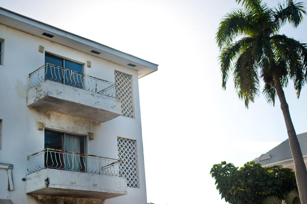 Abandoned Old Hotel - Nassau, Bahamas / hellorigby! seattle lifestyle and fashion blog