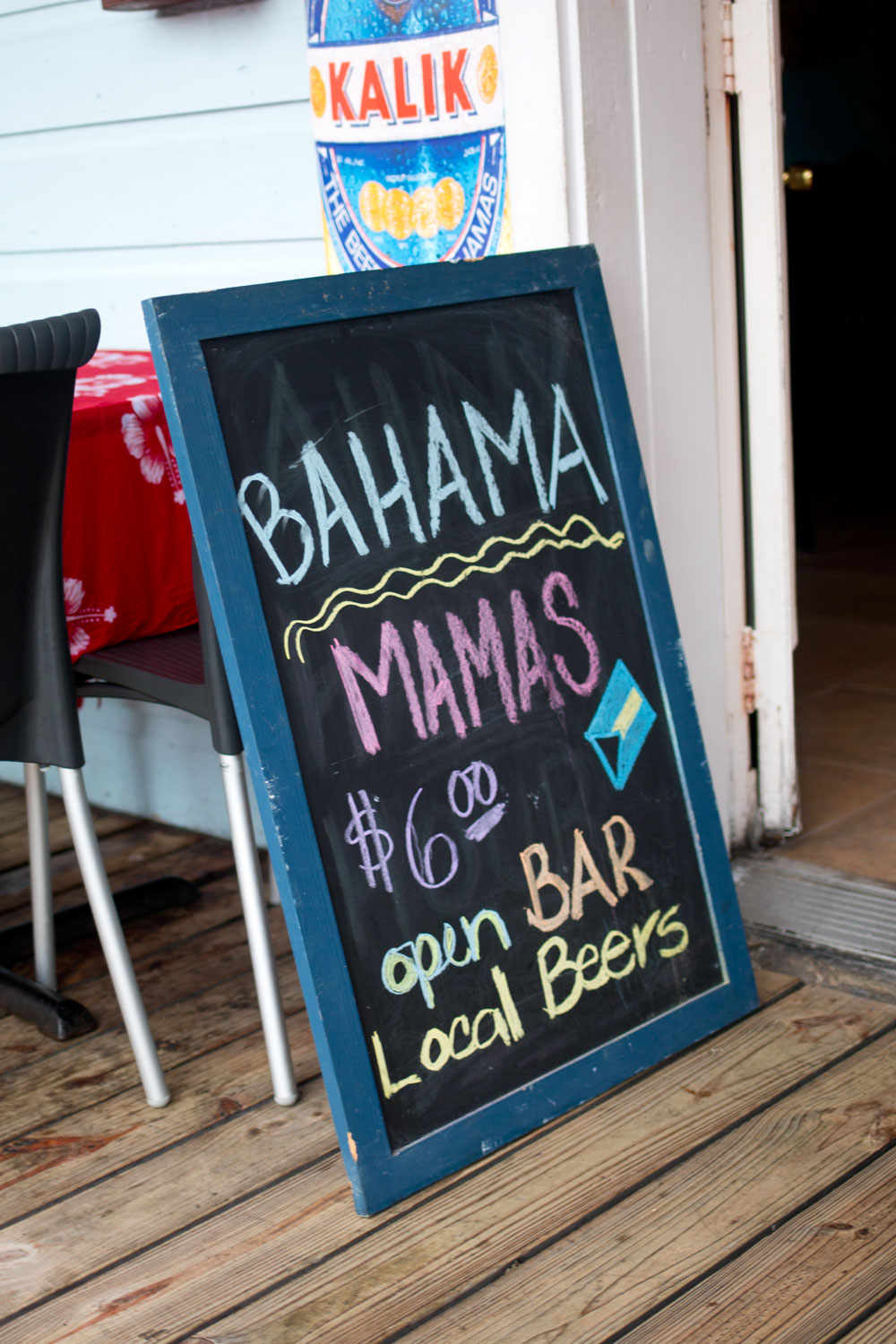 Bahama Mamas Chalkboard / Port Lucaya Marketplace / hellorigby! seattle lifestyle blog