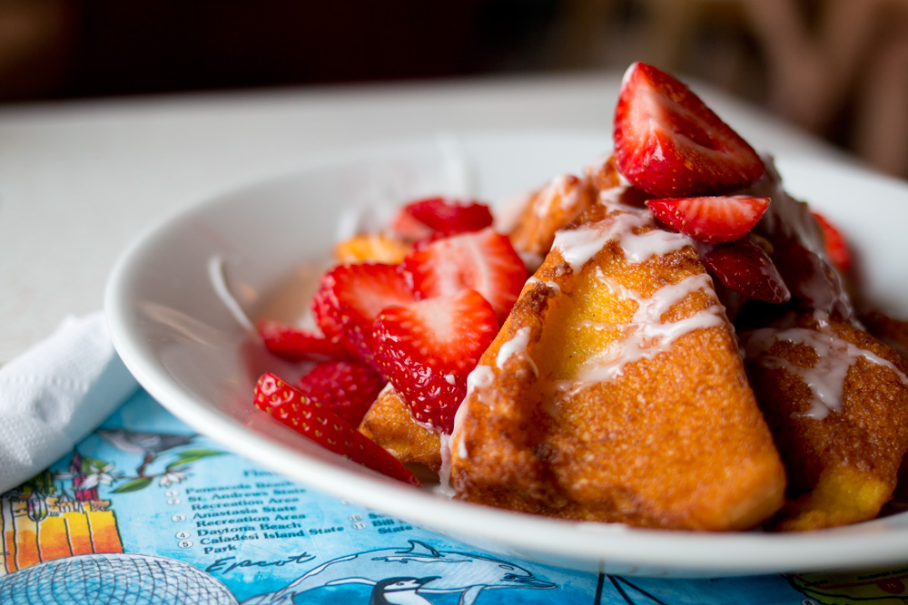Eleventh Street Diner, Miami - French Fried French Toast with Strawberries and Condensed Milk Syrup / hellorigby!