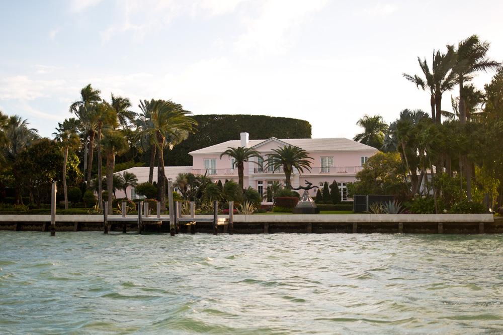 Elizabeth Taylor's Former Miami Mansion Home / hellorigby!