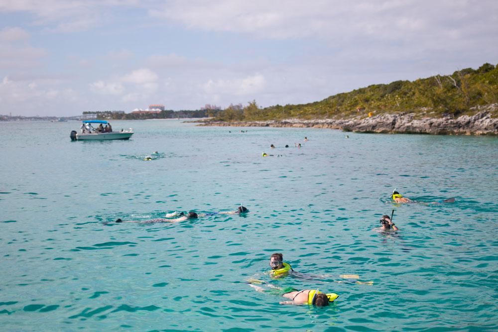 Naussau, Bahamas Underwater Snorkeling  / hellorigby seattle fashion and lifestyle blog
