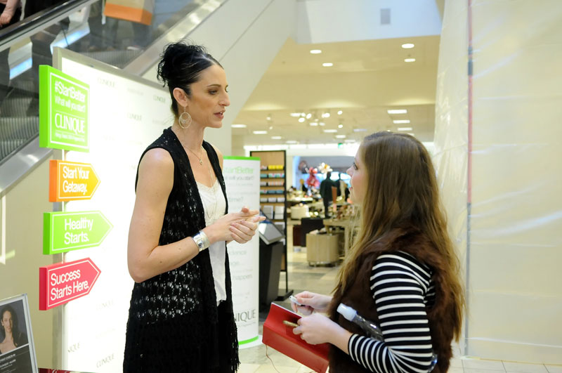 Ariana Lallone Interviewed by Jenn Haskins at Clinique Start Better Event in Bellevue / Vivian Hsu for Team Photogenic © 2015