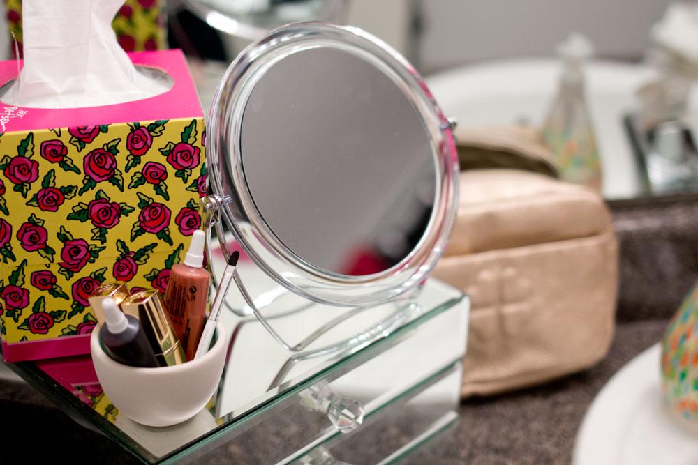 Betsey Johnson Kleenex Style Small Bathroom Update #KleenexStyle #shop / hellorigby seattle fashion blog