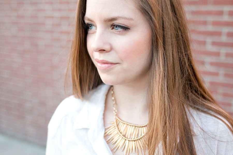 Rocksbox Slate Golden Flair Necklace & White Button Up Outfit / hellorigby seattle fashion blog