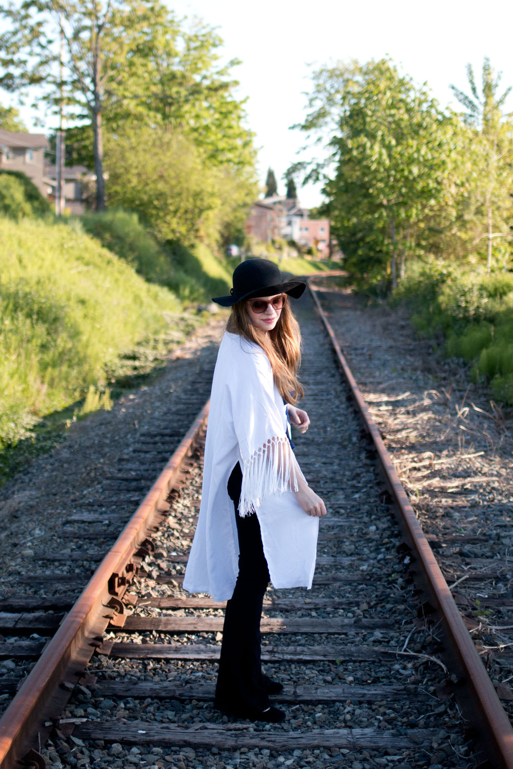 Lilly Pulitzer for Target White Kimono Outfit / hellorigby seattle fashion blog