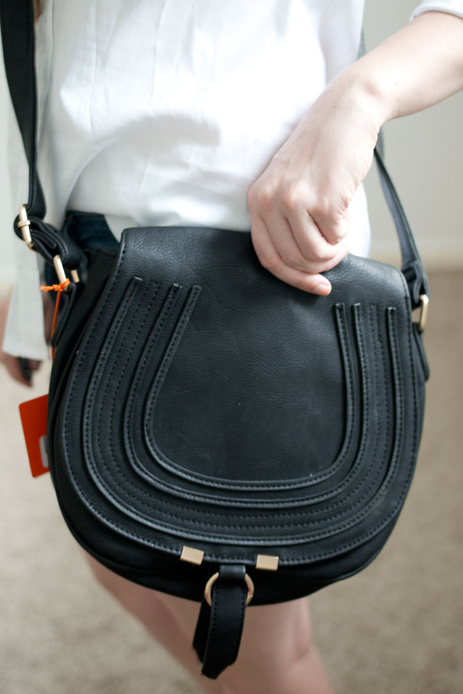 Daily Look Elite Box Review:  Classic Vegan Leather Saddlebag Purse / hellorigby seattle fashion blog