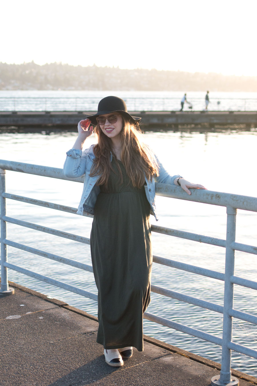 Maxi Dress and Denim Jacket Outfit / hellorigby seattle fashion blog