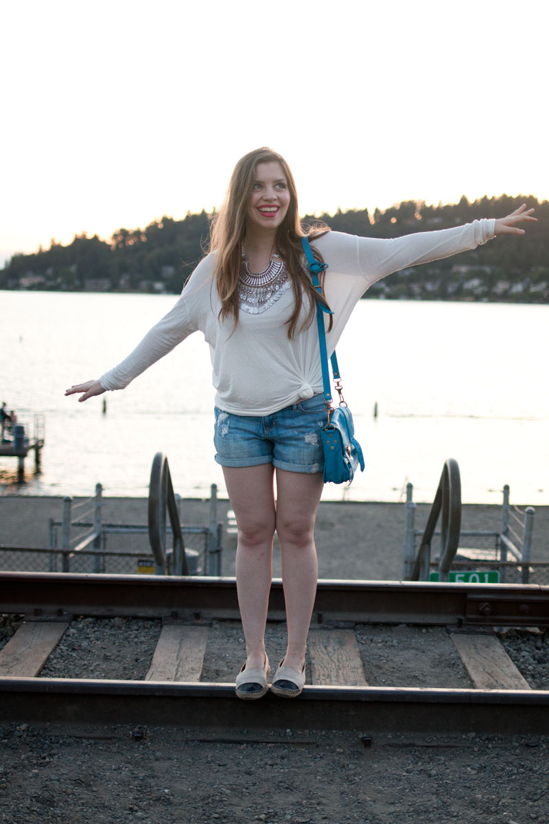 Boyfriend Shorts & Dolman Top Outfit / hellorigby seattle fashion blog