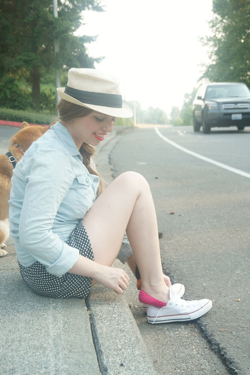 Kooshyfoot Polka Dot Foot Covers & Converse White Low Tops Outfit / hellorigby seattle fashion blog