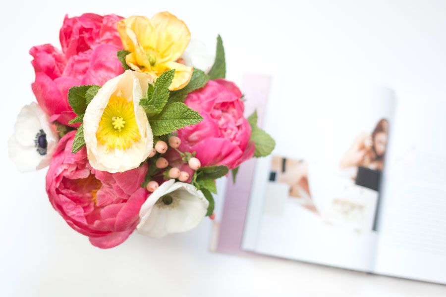Petal City Peony Bouquet from new Seattle flower delivery service / hellorigby seattle lifestyle blog