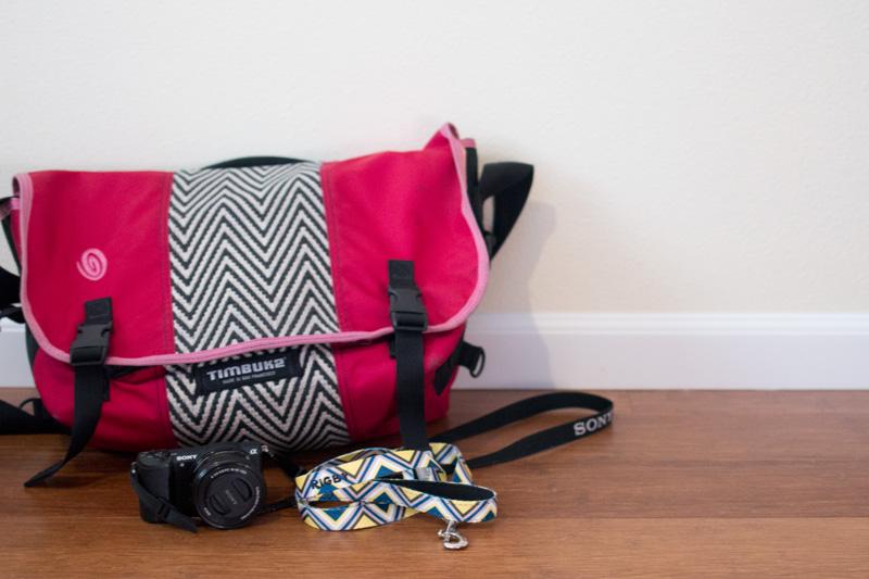 timbuk2 Laptop Messenger Bag in Raspberry and Chevron / hellorigby seattle fashion blog