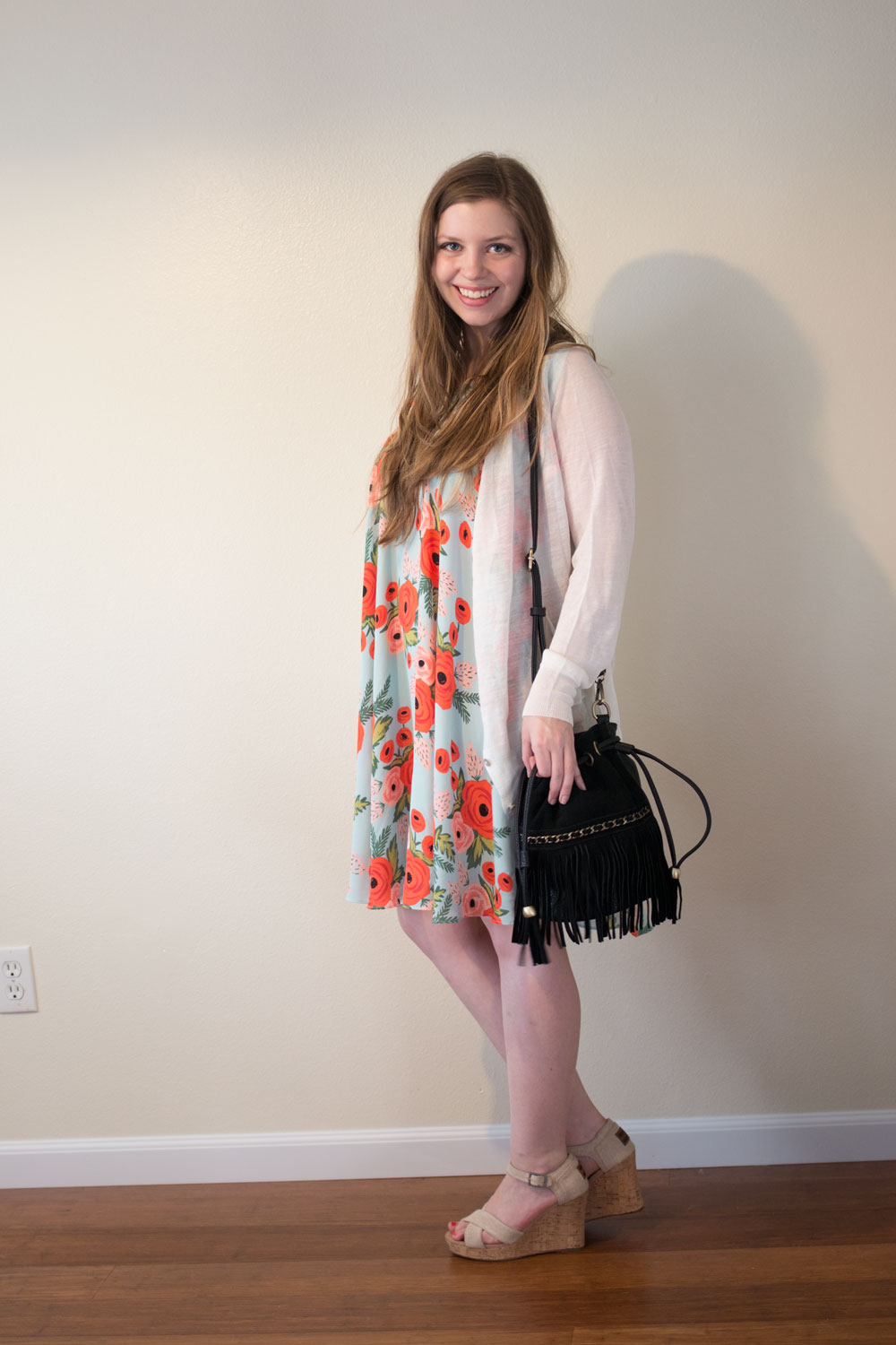 DailyLook Elite August 2015: Beck Lightweight Cardigan, Sinatra Faux Suede Fringe Bucket Bag, Rifle Paper Co. x Paper Crown Fluttered Blooms Swing Dress // hellorigby seattle fashion blog