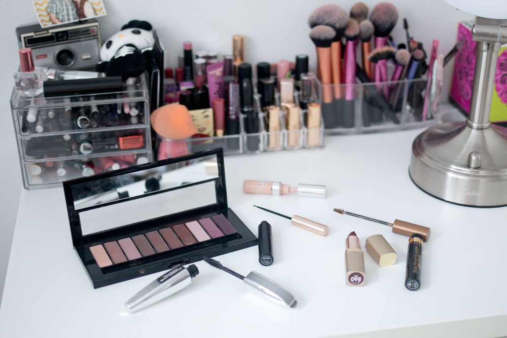 L'Oreal Makeup & Ikea MALM Desk Storage // helliorigby seattle beauty blog