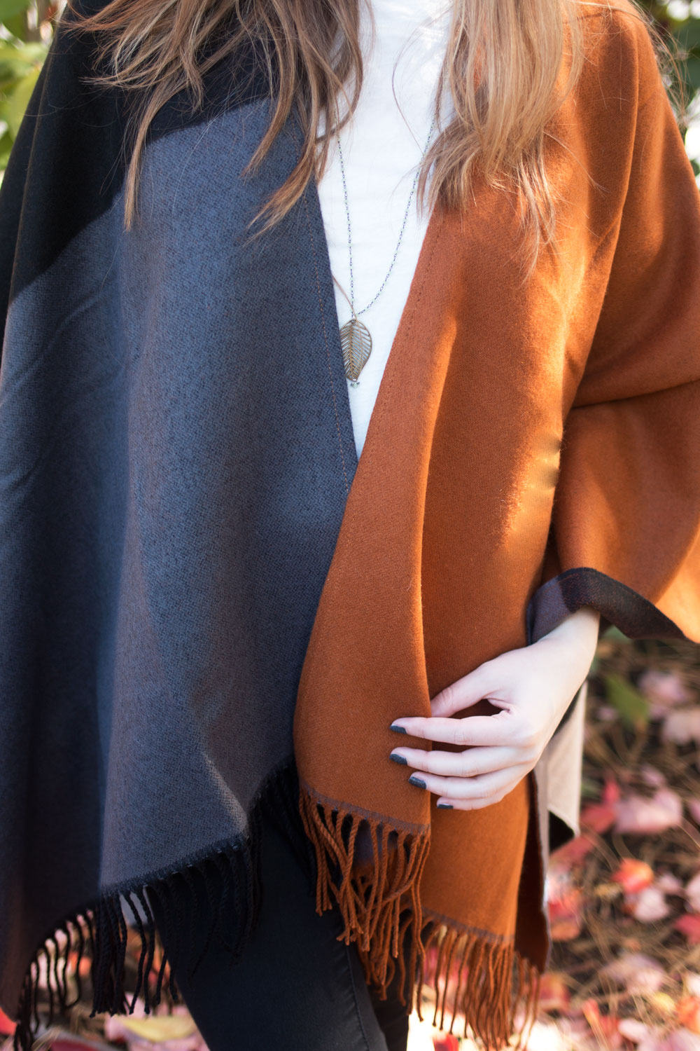 Colorblock Poncho Outfit // hellorigby seattle fashion blog