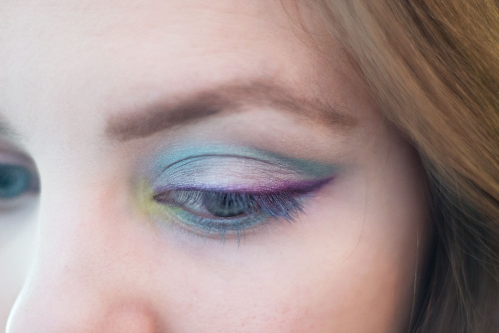 DIY Willy Wonka Costume: Eye Makeup Look // hellorigby seattle beauty blog