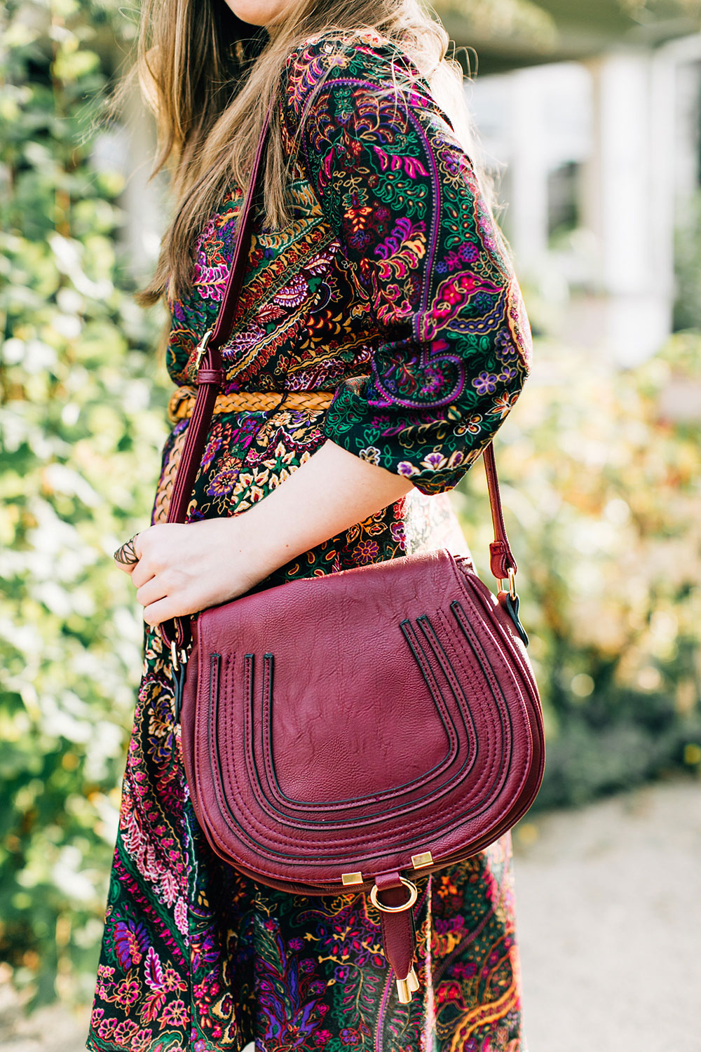 70s Paisley Dress & Bag Similar to Chloe Marcie Satchel // hellorigby seattle fashion blog