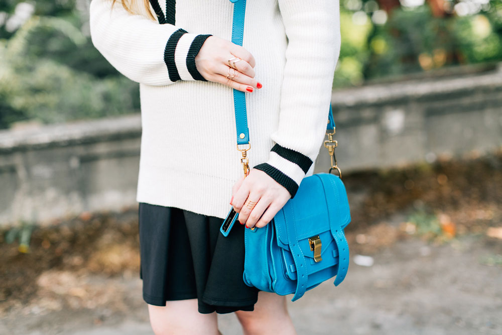 How To Wear a V Neck Sweater with a Skirt // hellorigby seattle fashion blog