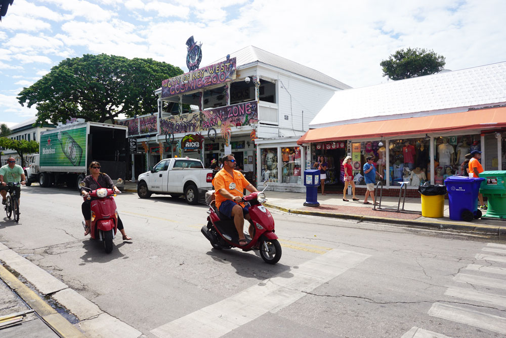 Street Corner in Downtown Key West, Florida // hellorigby.com seattle travel blog