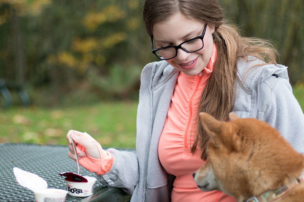 Woman & Dog Enjoyingn Noosa Yoghurt // hellorigby seattle lifestyle blog
