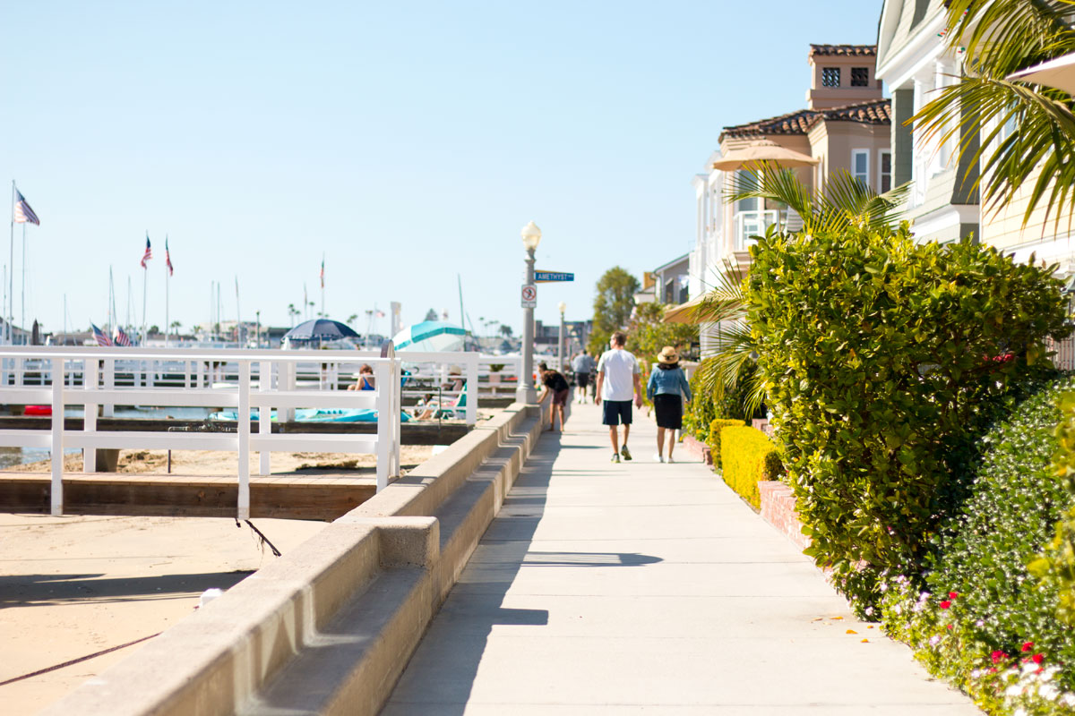 Balboa Island Beach Walk // Hello Rigby Seattle Fashion & Lifestyle Blog