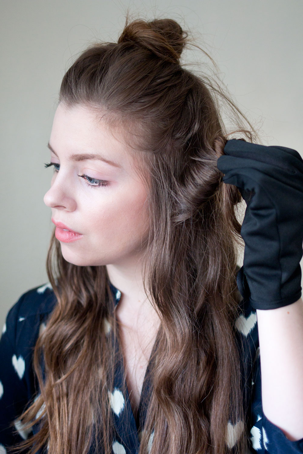Holding Curls to Cool Hair Tutorial // Hello Rigby Seattle Beauty & Hair Blog