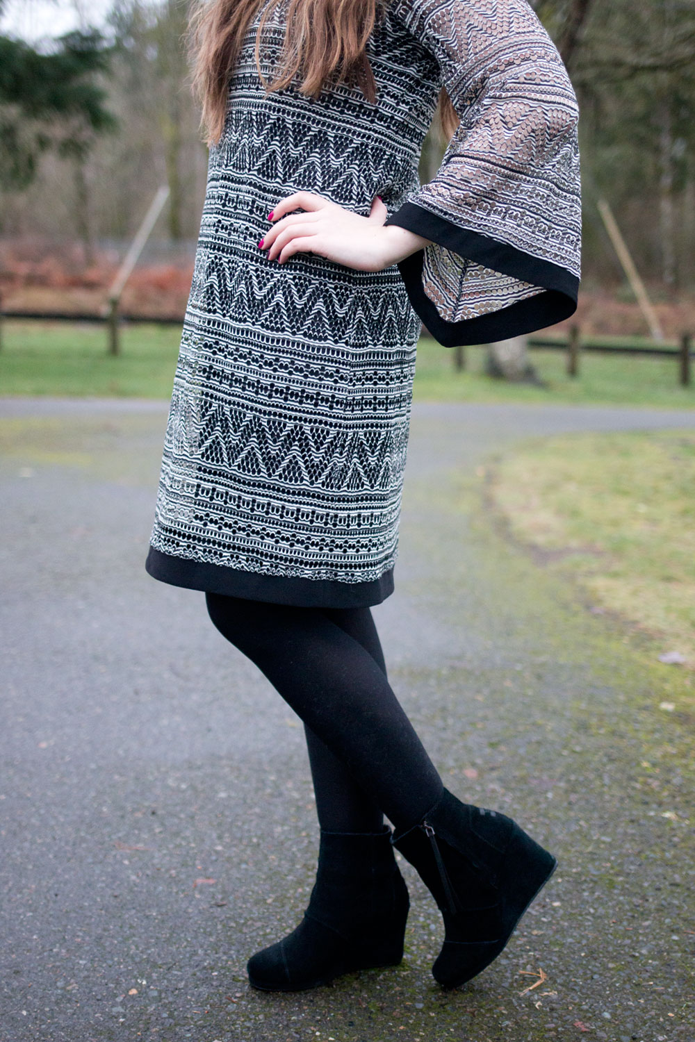 Monochromatic Patterned Dress Outfit from Fred Meyer Apparel // Hello Rigby Seattle Fashion & Style Blog
