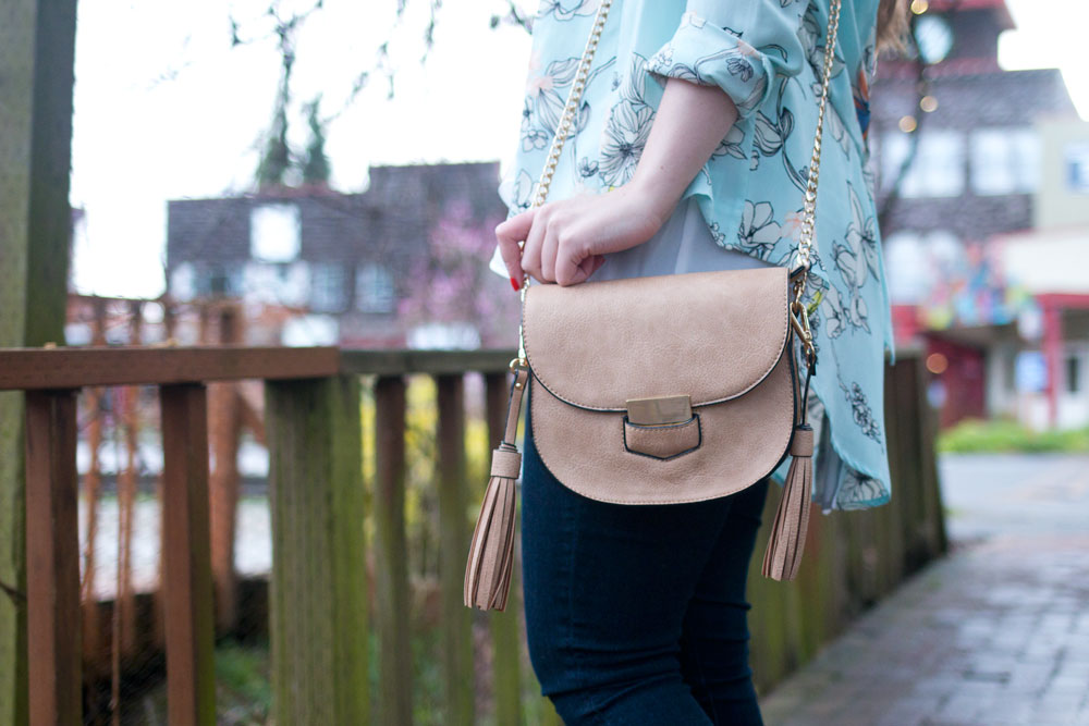 Fringe Crossbody from Mo & Cho Boutique // Hello Rigby Seattle Fashion & Style Blog