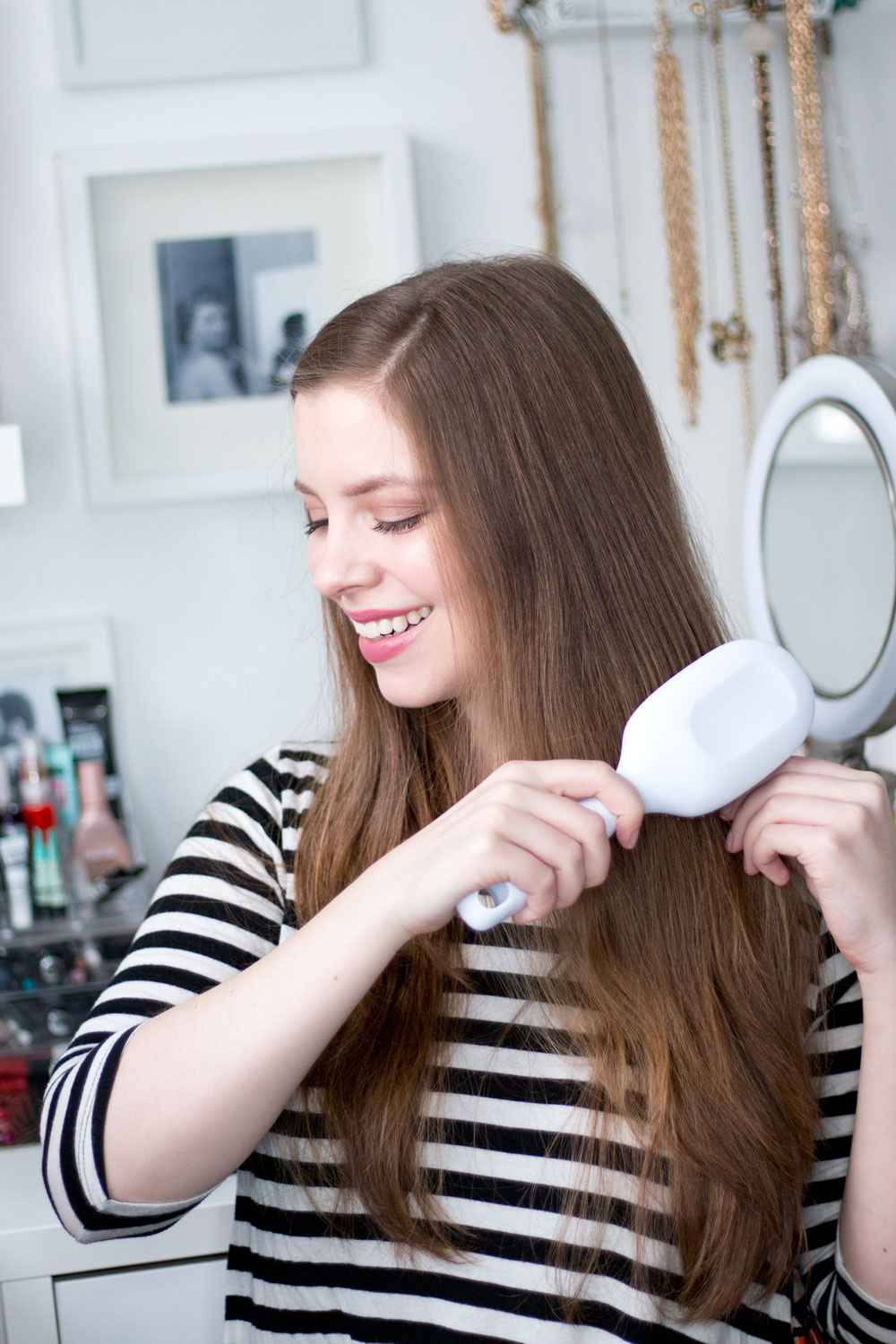 Goody Clean Radiance Oval Cushion Brush Tutorial & Review // Hello Rigby Seattle Beauty & Style Blog