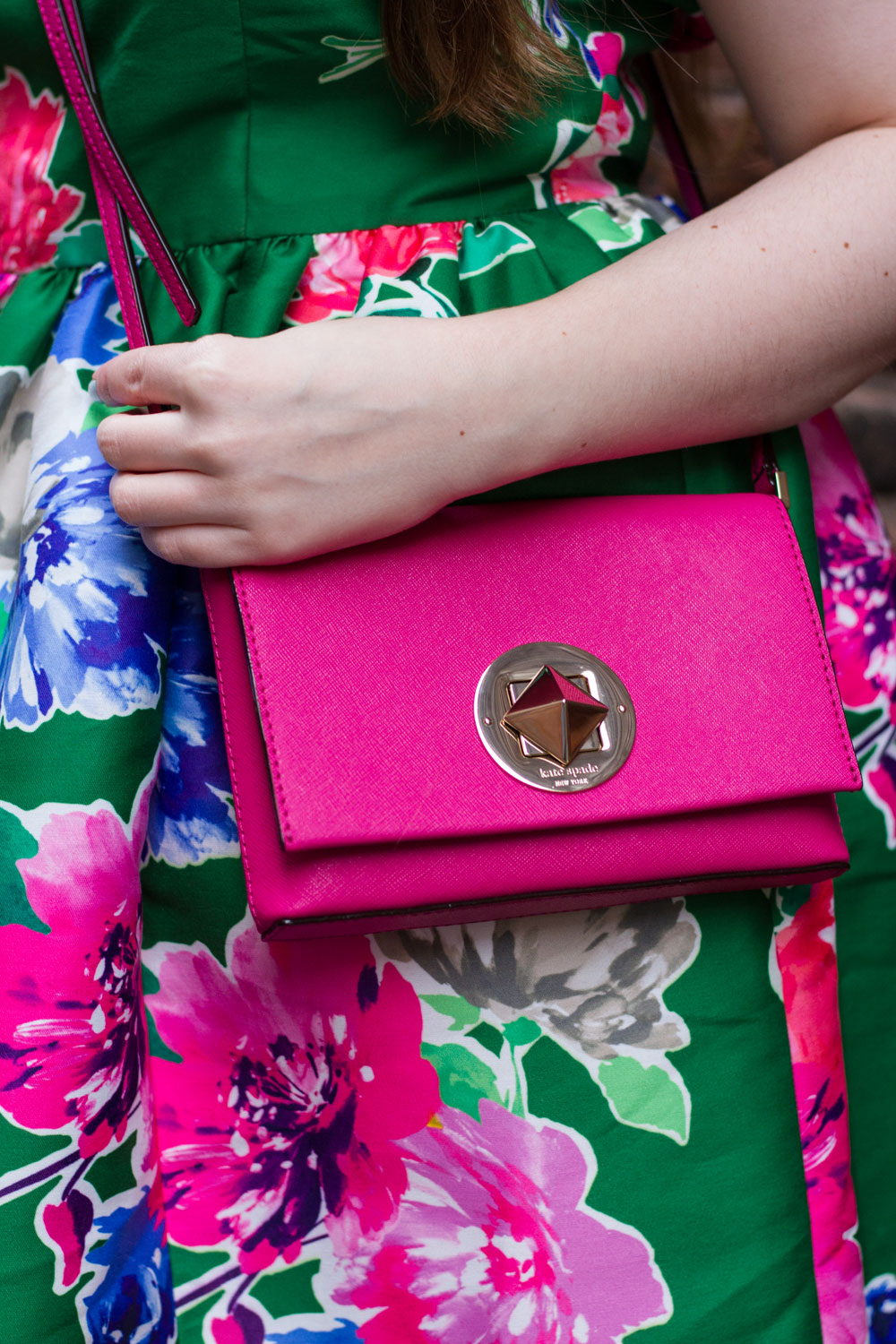 Kate Spade Newbury Lane Sally Bag in Pink // Shopping Tips for Scoring a Deal at the Outlet Mall // Hello Rigby Seattle Fashion & Style Blog