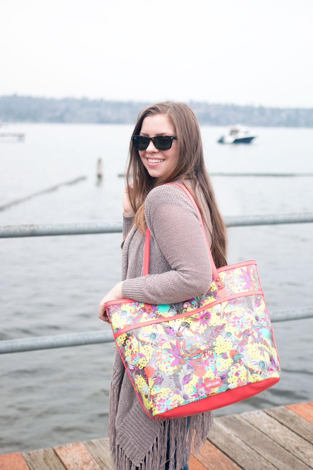 Spring Break Essentials Featuring Sakroots XLarge Artist Circle Tote // Hello RIgby Seattle Fashion & Style Blog