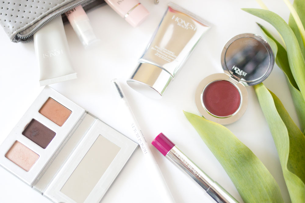 Honest Company Beauty Review: Makeup & Skincare // Hello Rigby Seattle Beauty & Makeup Blog