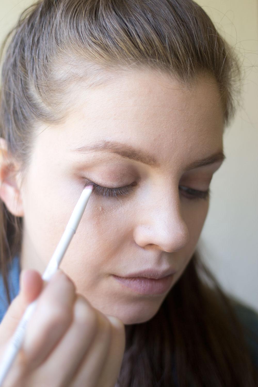 essence-cosmetics-makeup-tutorial-tightlining