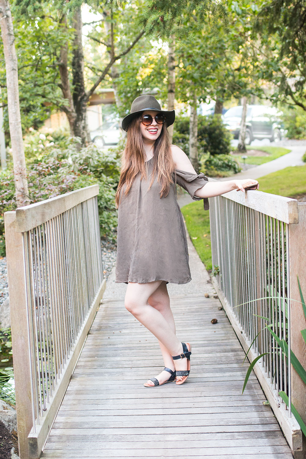 How to Take Your Own Outfit Photos for a Fashion Blog // Hello Rigby Seattle Fashion Blog