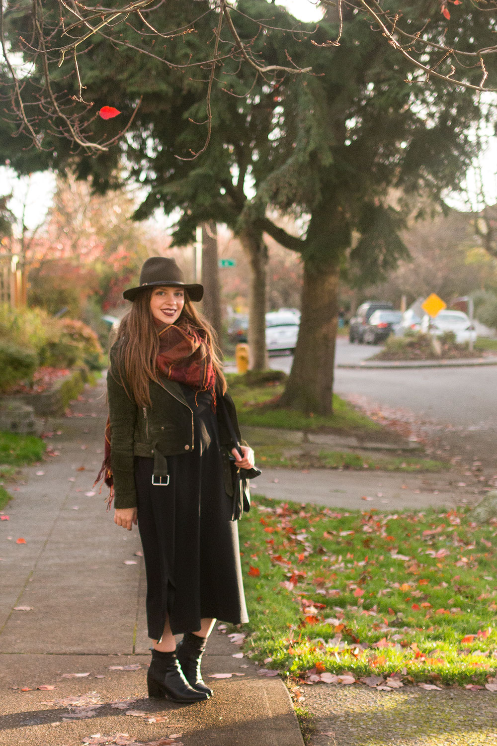 How to Wear a Midi Dress in the Fall // Hello Rigby Seattle Fashion Blog