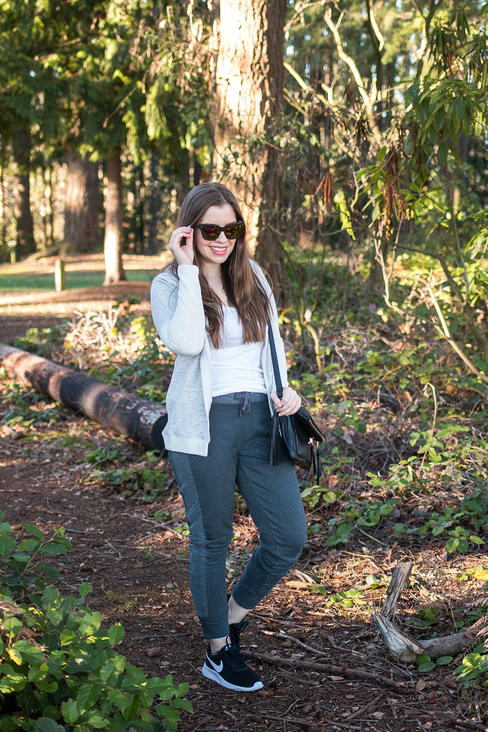 Easy Athleisure Outfit Ideas // Hello Rigby Seattle Fashion Blog