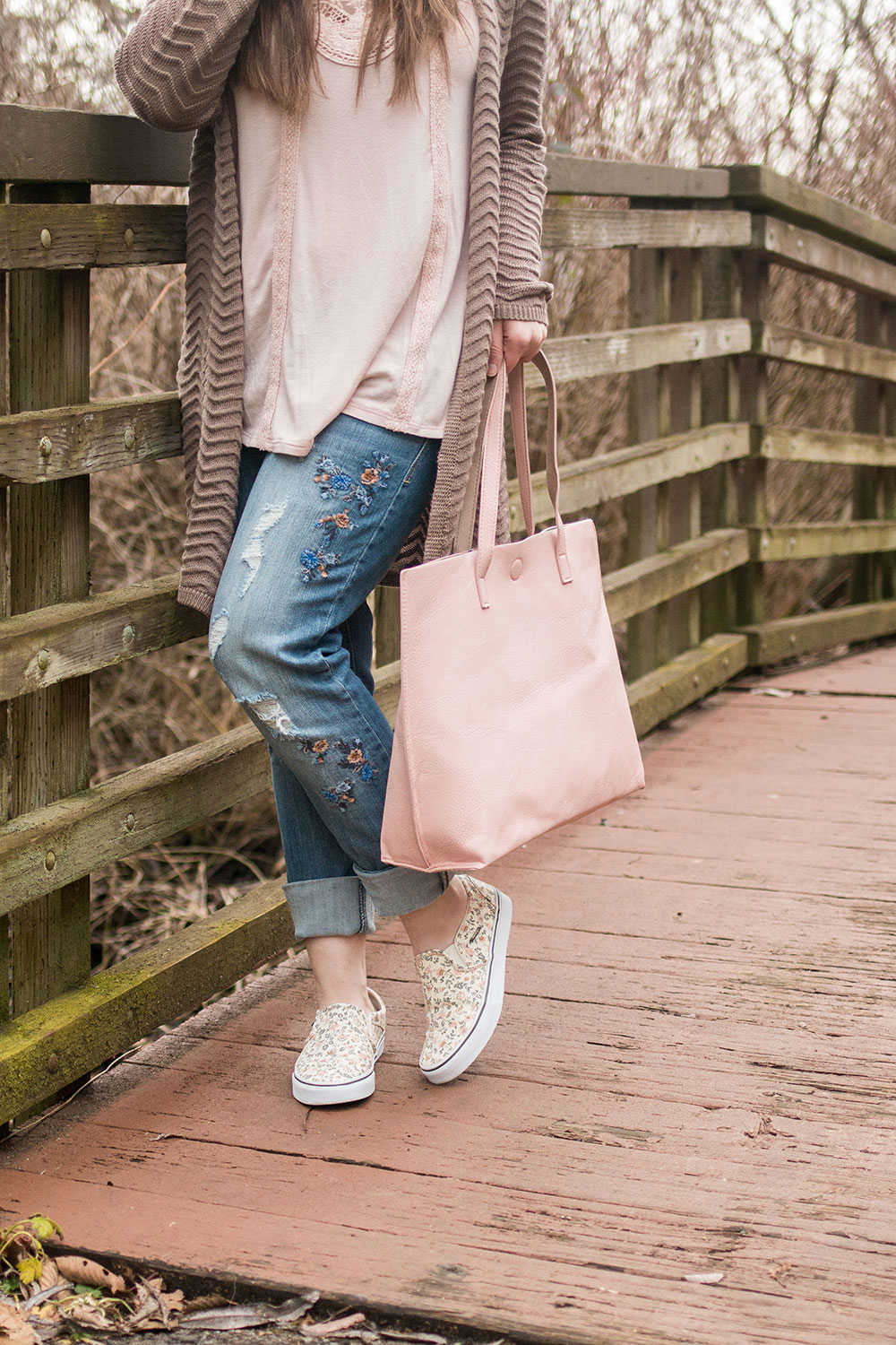 Casual Valentine's Day Outfit For Her // Hello Rigby Seattle Fashion Blog