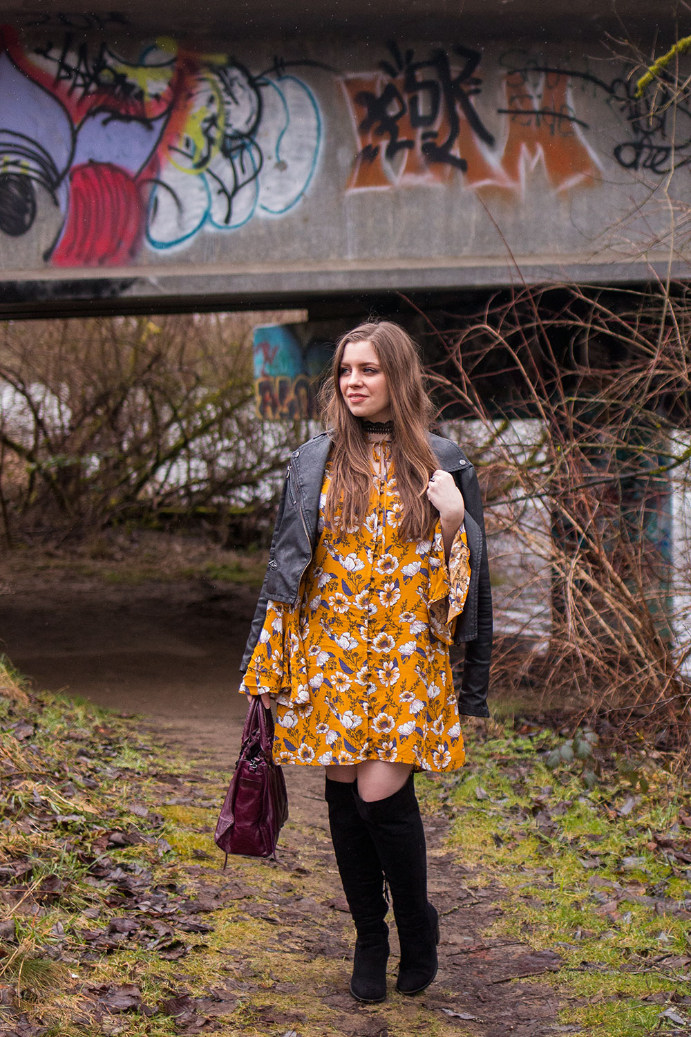 How to Wear the Bohemian Bell Sleeve Dress // Hello Rigby Seattle Fashion Blog