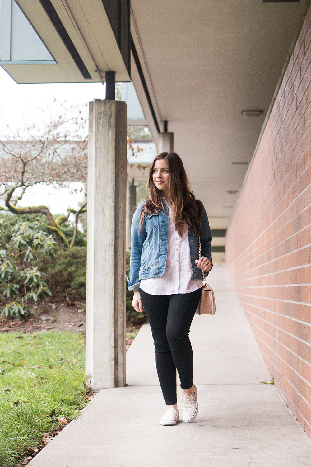 What to Wear in Spring Transitional Weather // Hello Rigby Seattle Fashion Blog