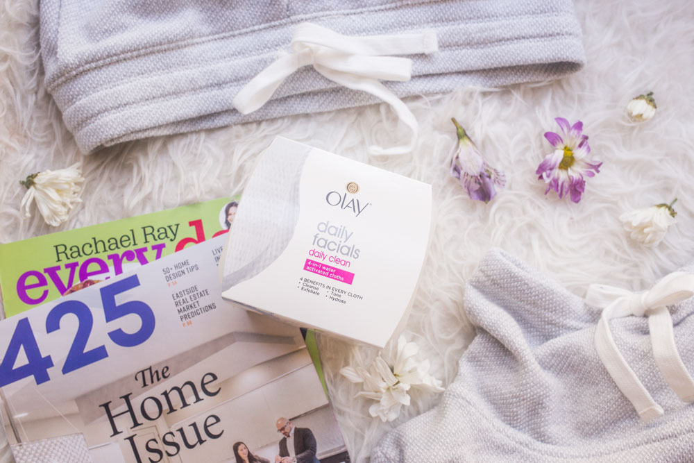Olay Daily Facial Cleansing Cloths Review // Hello Rigby Seattle Beauty Blog