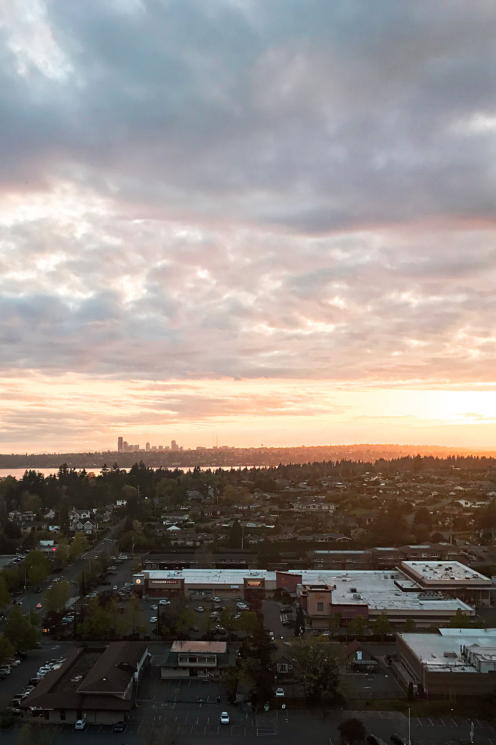 Sunset from the Hyatt Regency Bellevue // Hello Rigby Seattle Fashion Blog