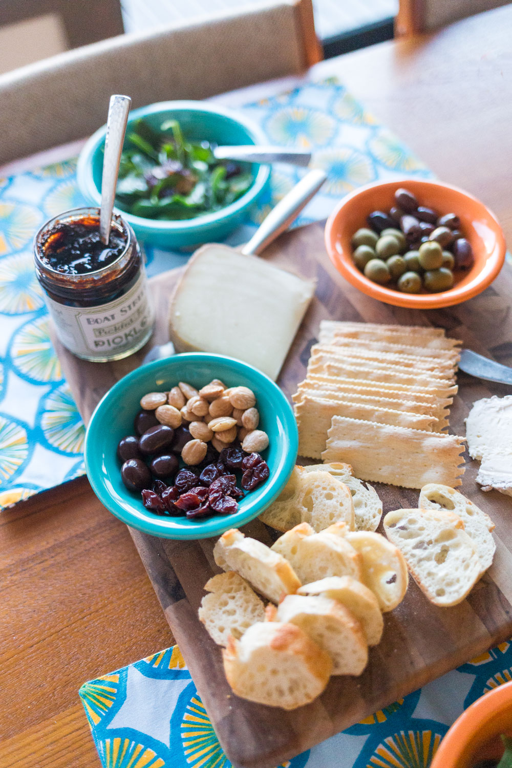 Things to do in Olympia, WA: Visit The Mouse Trap for Wine & Cheese // Seattle Travel Blog