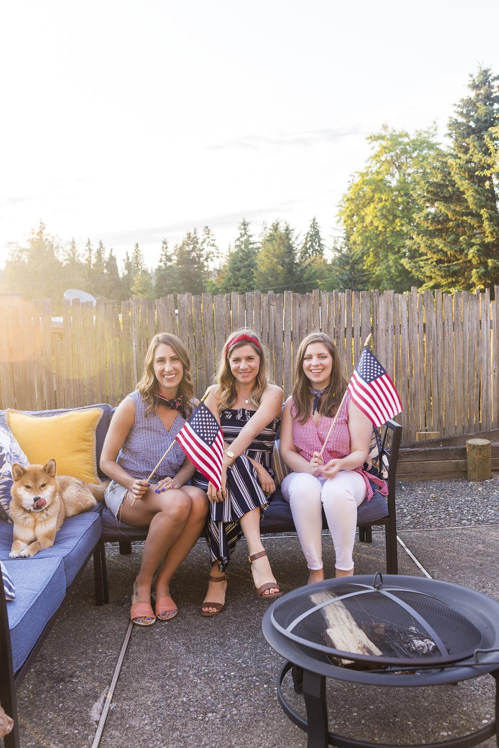 How to Host a 4th of July Celebration with your BFFs - from outfit ideas to a food menu to drinks and more!